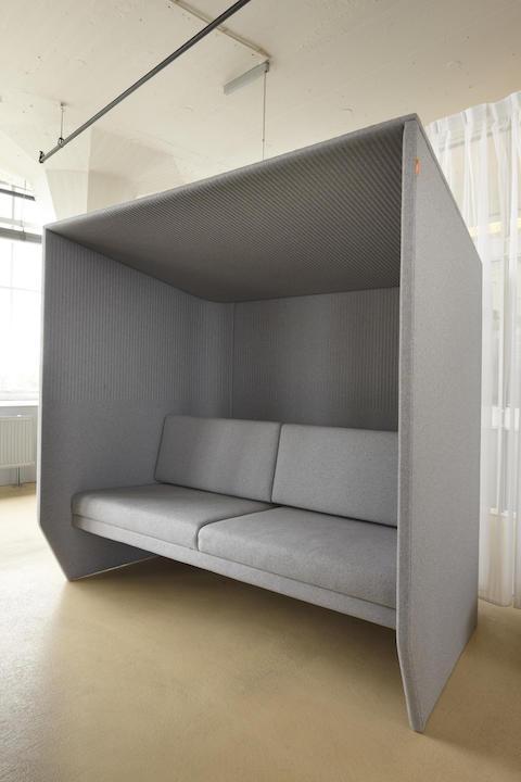כורסא משרדית