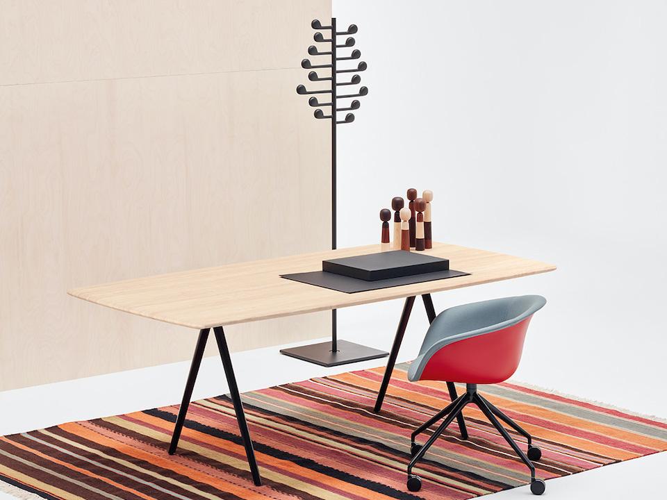 שולחן ישיבות אביזרי נוי כורסא אירוח