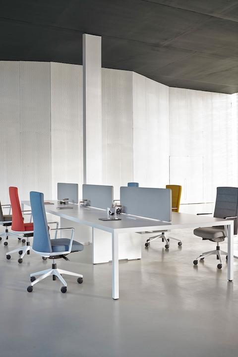 שולחן עבודה כיסא משרדי