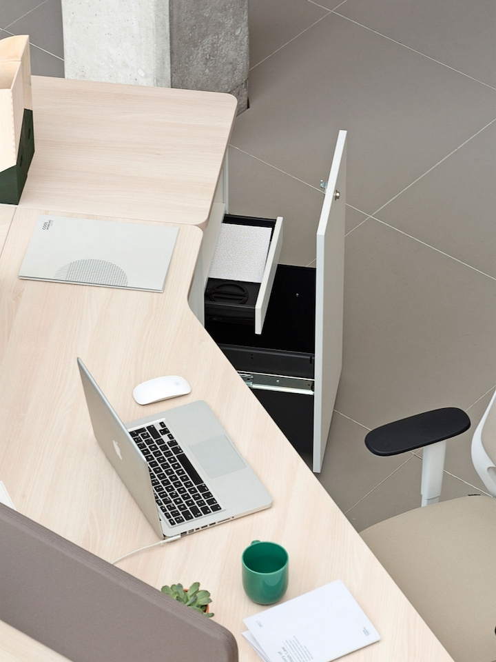 שולחן משרדי