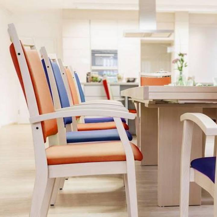 כיסא המתנה הסעדה